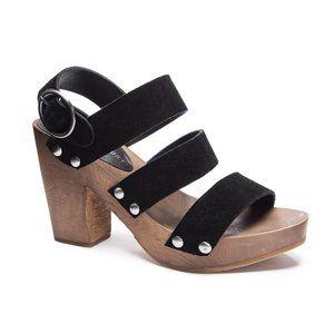 Chinese Laundry NIB Fayla black suede strap sandal